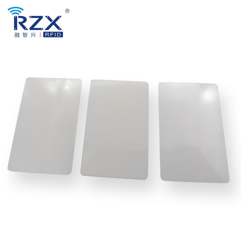 聚碳酸脂卡(PC)白卡光面 (2).jpg