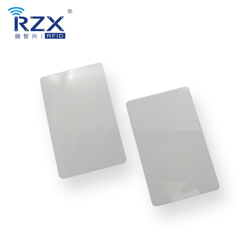 聚碳酸脂卡(PC)白卡光面 (3).jpg